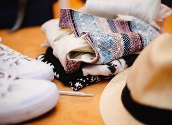 clothes-922988_640